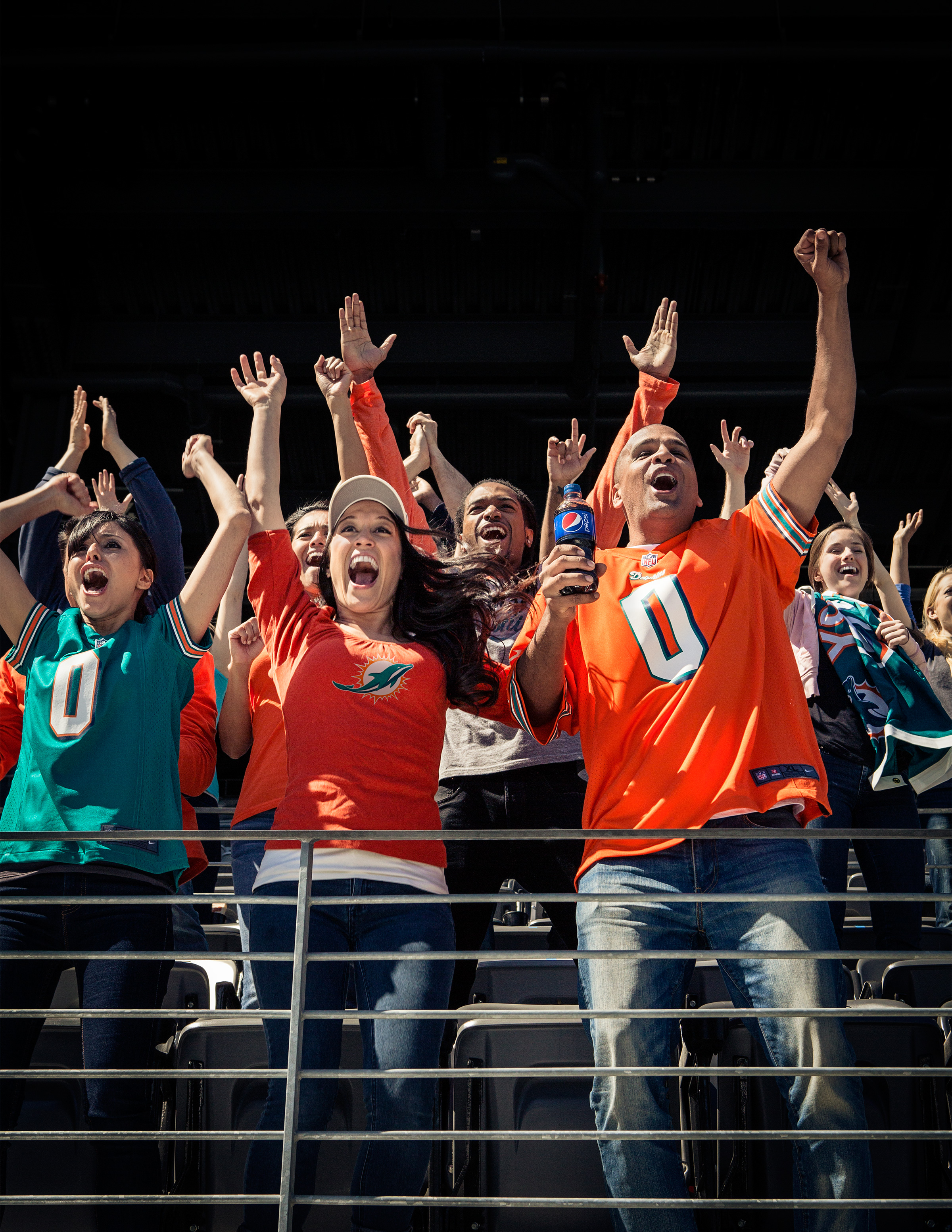 NFL_FritoLay_Fan_Group_Dolphins_Card-056-v1-1-Del